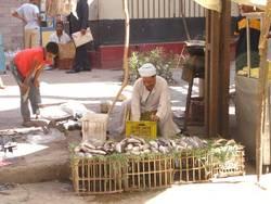 Ad hoc market stall